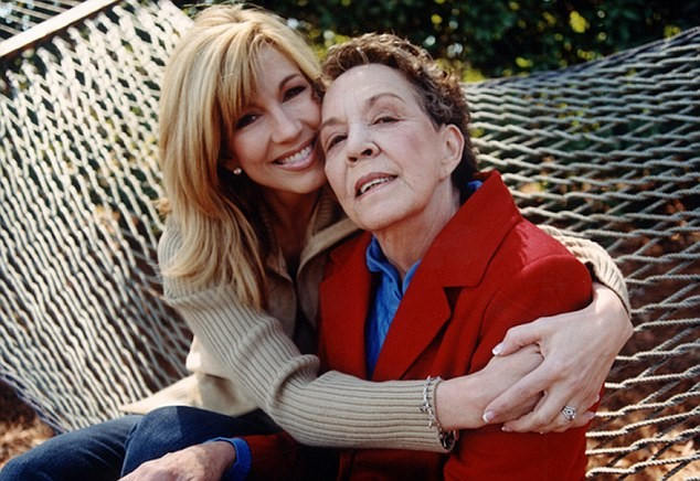 Leeza Gibbons with mother, Gloria Jean Gibbons