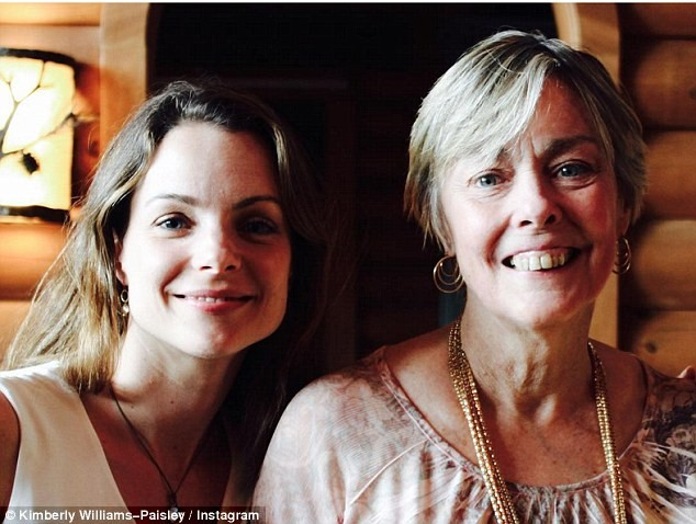 Kimberly Williams-Paisley with Mother, Linda